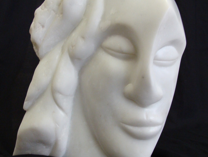 Chantal Baeslay sculpture